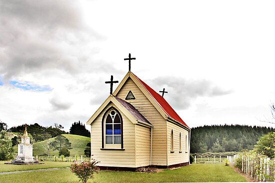St Mary's Anglican Church, Mamaranui, NZ. by Lynne Haselden