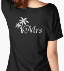 Mr and Mrs Tropical Beach Wedding Honeymoon Matching Women's Relaxed Fit T-Shirt