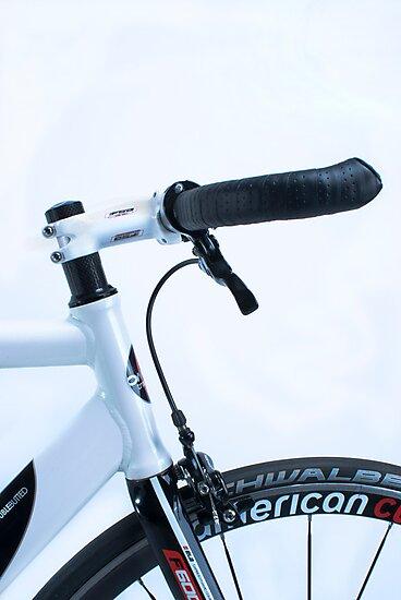 Omnium track bike in fixie street mode by mudd-photo
