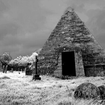 Mad Jacks Pyramid by RWTA