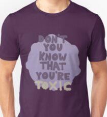 i'm addicted to you Unisex T-Shirt