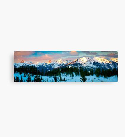 Border Peaks Canvas Print