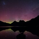 Aurora Australis at Cradle Mountain by tinnieopener