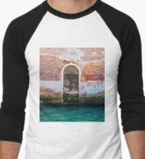 While in Venice Men's Baseball ¾ T-Shirt