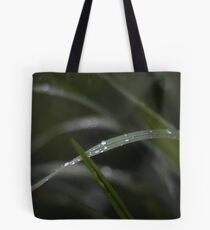 Dropplets on blade of grass Tote Bag