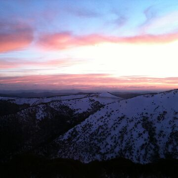 Mt Hotham sunrise by splatterbug