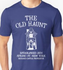 CASTLE'S BAR THE OLD HAUNT Unisex T-Shirt