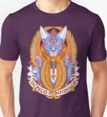IN FELIS CONFIDIMUS T-Shirt