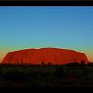 Uluru Aura  by jono johnson