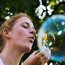 Bubble in a bubble by Karen Havenaar