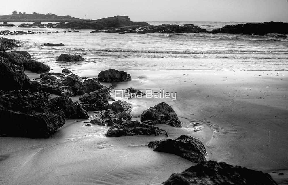 Main Beach Robe, at sunset, in monochrome by Elana Bailey