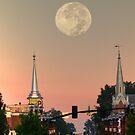 Moon over McMinnville by © Joe  Beasley IPA