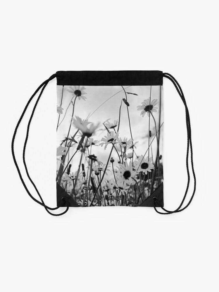 Alternate view of Oxeye daisies Drawstring Bag