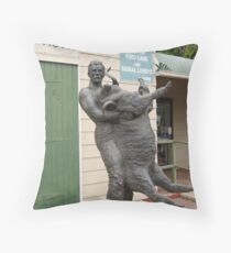 Memorial of Jackie Howe famous wool shearer at Blackall, cent. Que. Throw Pillow