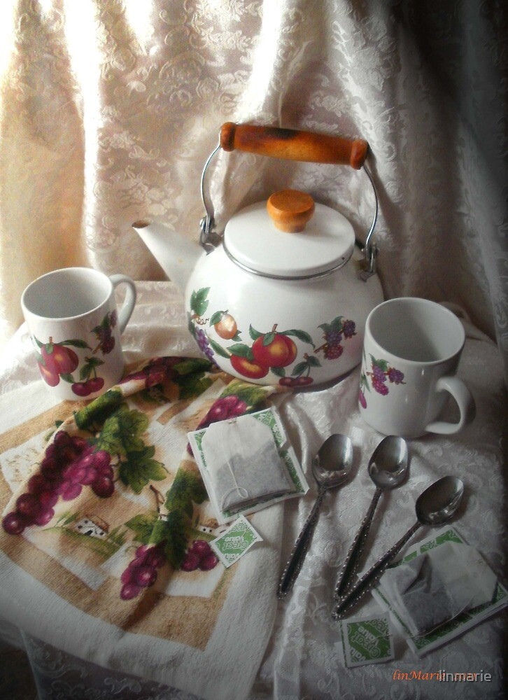 Tea time.... by linmarie