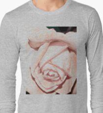 Light macro rose tee Long Sleeve T-Shirt