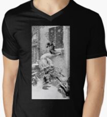 Adolphe Willette Les Quatre Saisons L'hiver Mens V-Neck T-Shirt