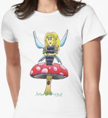 A fairy sitting on a mushroom Women's Fitted T-Shirt
