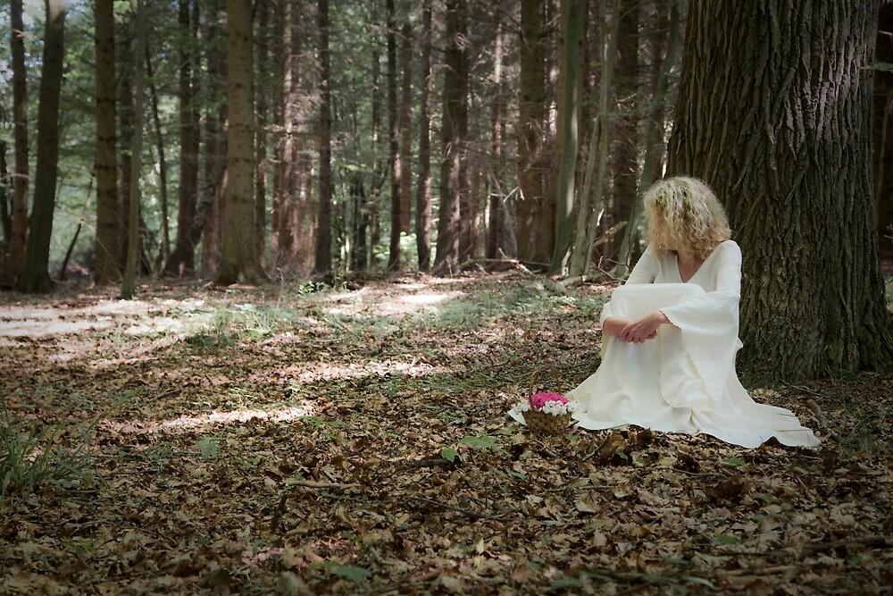 Thoughtful by Maria Heyens