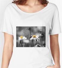 Daisies Field Women's Relaxed Fit T-Shirt
