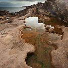 Tarbut Ness Rockpool by kernuak