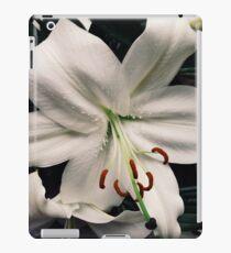 white lilly iPad Case/Skin