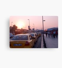 Taxi que in Istanbul Canvas Print