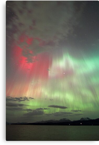Red, green and purple Auroras by Frank Olsen