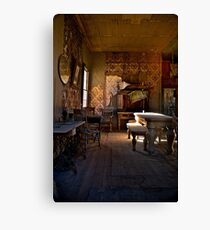 Old abandoned house Canvas Print