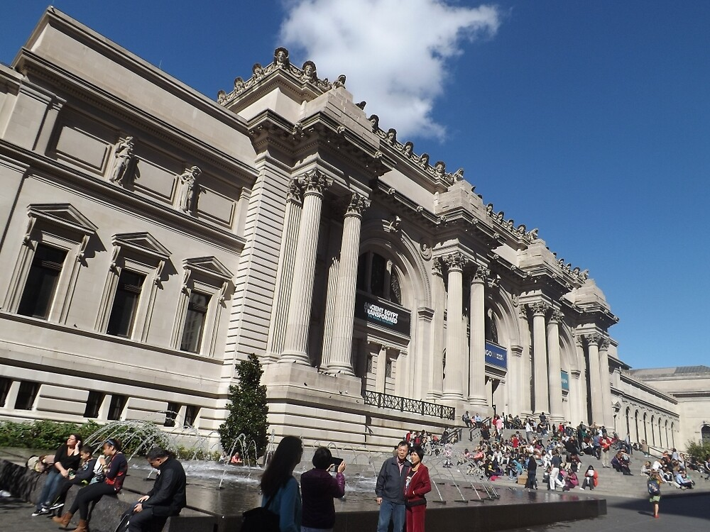 Classic Architecture, Metropolitan Museum of Art, New York City by lenspiro