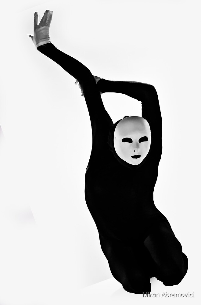 Body talk 4 by Miron Abramovici