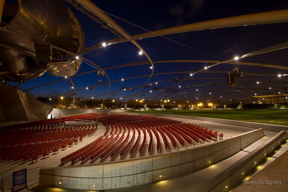 Pritzker Pavilion at dawn by Sven Brogren