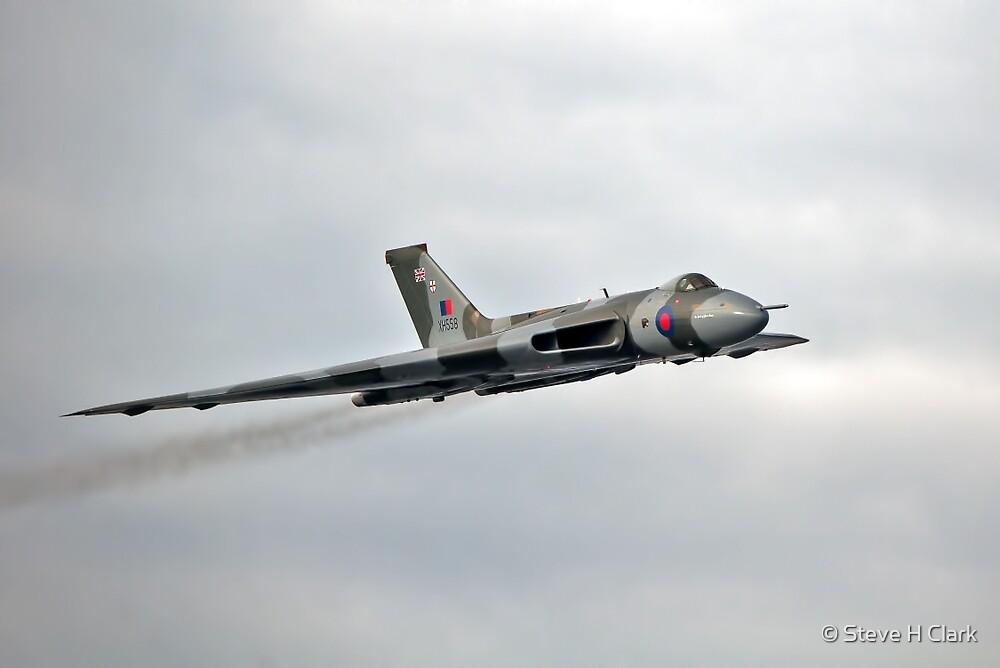 Avro Vulcan XH558 Farewell Tour by © Steve H Clark