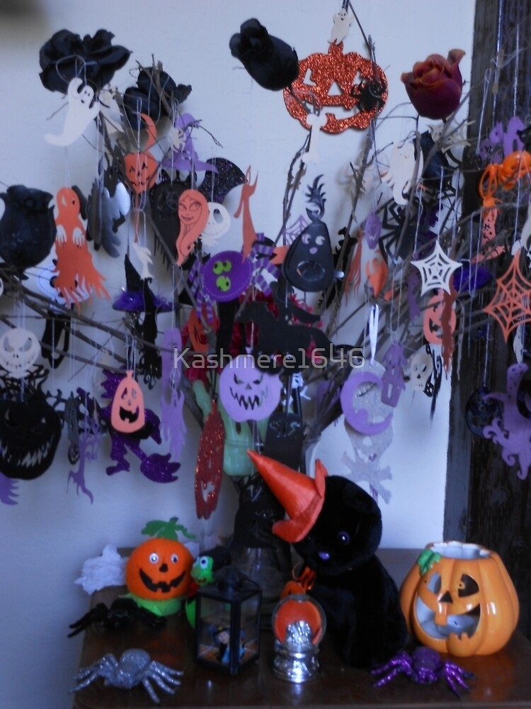 Halloween Tree by Kashmere1646