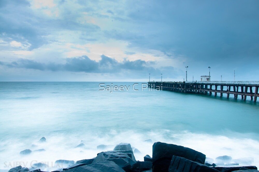 pondicherry beach by Sajeev C Pillai
