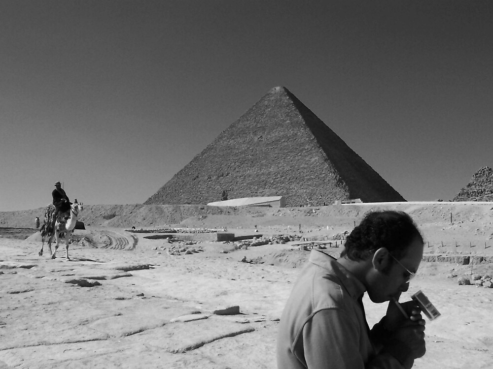 Light up at the Great Pyramid by desertman