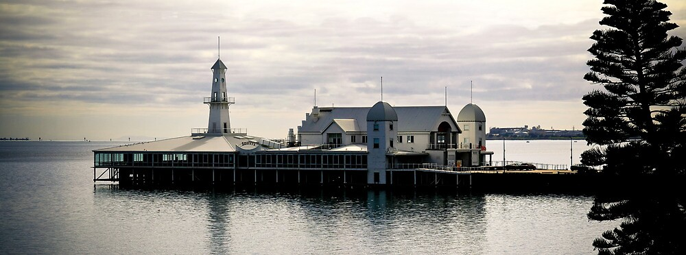 Cunningham Pier Geelong by Russell Charters