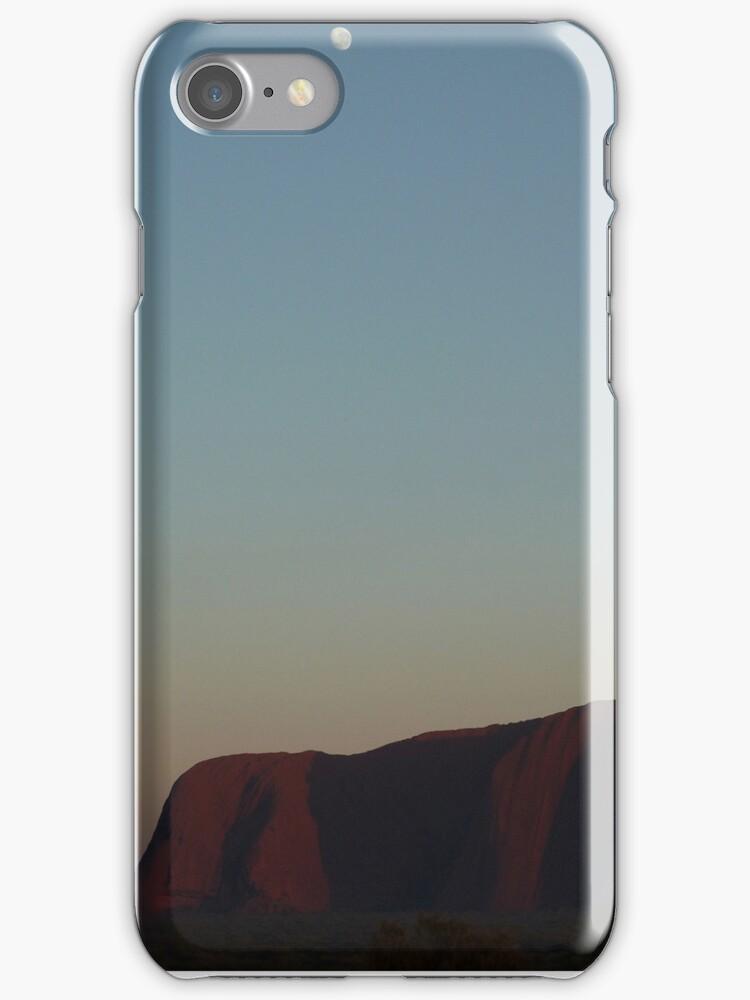 Uluru at Sunrise by Ommik