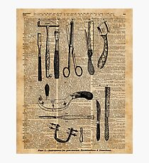 Lámina fotográfica Antique Surgical Kits,Anatomy Medical Instruments,Surgery Asylum Vintage  Decoration,Dictionary Art,