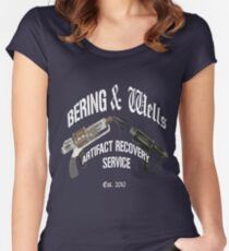 Bering and Wells  Women's Fitted Scoop T-Shirt
