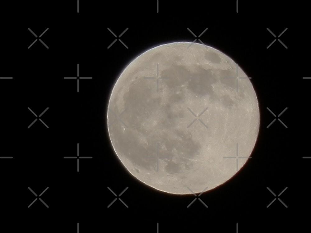 Full Moon - 10/10/11 - 18X zoom by Scott Mitchell