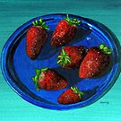 Fancy strawberries on a not-so-fancy plastic plate by bernzweig