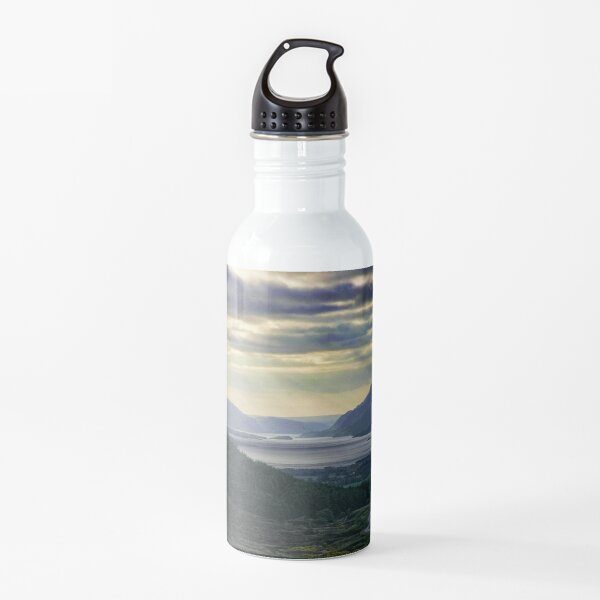 Looking West-To Loch Maree in the Highlands of Scotland(2) Water Bottle