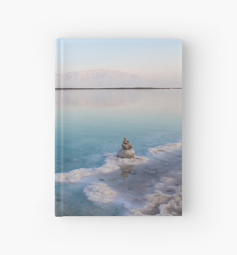 Israel, Dead Sea, salt crystalization caused by water evaporation by PhotoStock-Isra