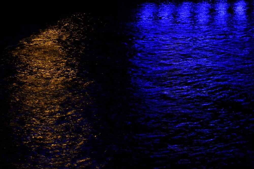 Lights in the Sea by Intracy