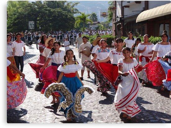 History, Tradition and Culture - this is Mexico - Historia, tradicion y cultura - este es Mexico by Bernhard Matejka