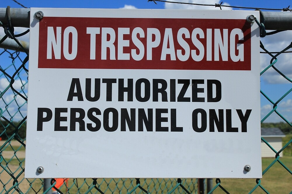 No Trespassing Sign by rhamm