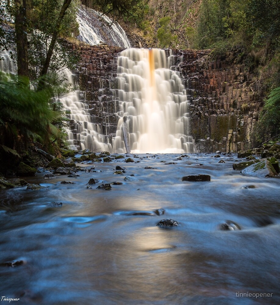 Dip Falls by tinnieopener