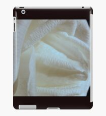 Middle Earth Rose  iPad Case/Skin