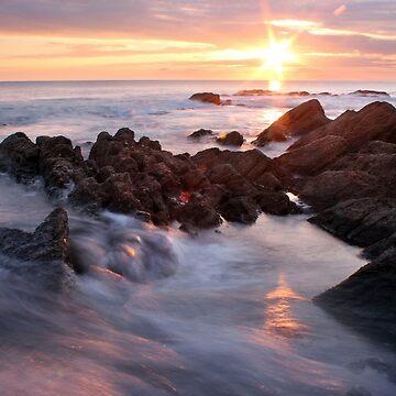 Sonnenuntergang bei Gunwalloe, Cornwall von Andrew-Hocking